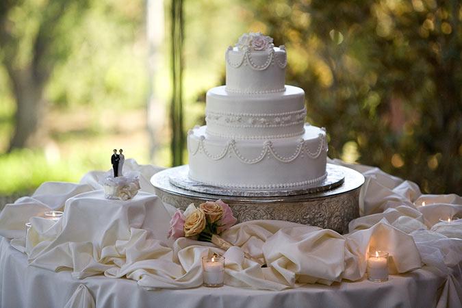 Los Angeles Wedding Photographer Wedding Cake And Decor Photograph