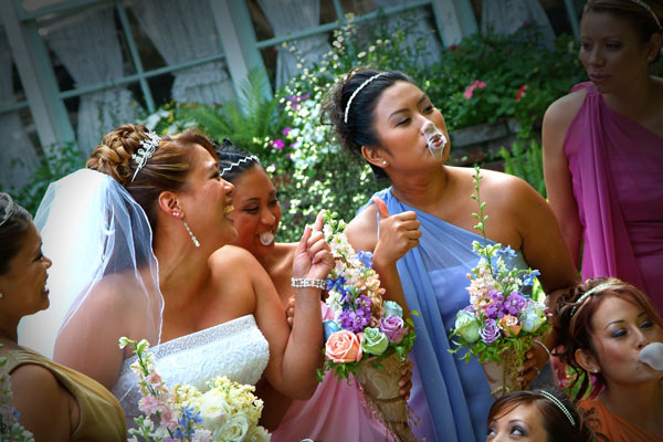 Bubble gum pops for this Bell Aire wedding as the bridesmaids get their pop on!